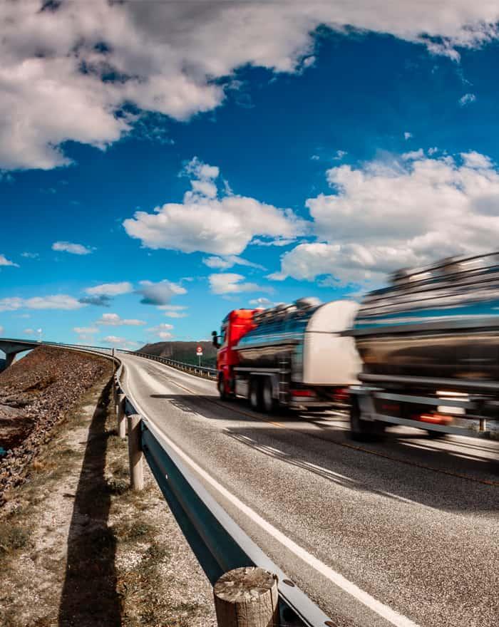 Camión de ByExpress realizando una ruta directa entre España y Marruecos
